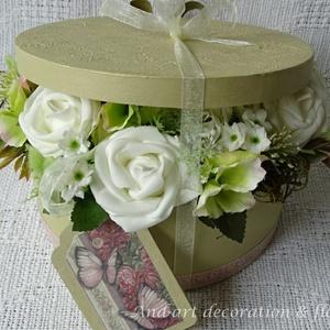 Elegáns virágdoboz a különleges alkalmakra...Valentin Nap, Esküvő, szülőköszöntő, anyák napja,születés., Otthon & lakás, Esküvő, Esküvői dekoráció, Lakberendezés, Festett tárgyak, Virágkötés, Elegáns, egyedi, kézzel festett és 3 d mintával díszített háncs dobozt készítettem az igazán különle..., Meska