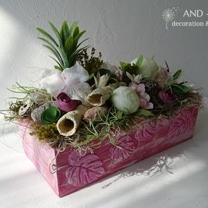 Nyári dekoráció-asztaldísz. And-art mód, Otthon & Lakás, Dekoráció, Asztaldísz, Famegmunkálás, Virágkötés, Egyedi tervezéssel készítettem a fa ládát, 3 d mintával és élénk rózsaszín-pasztell árnyalatú festés..., Meska
