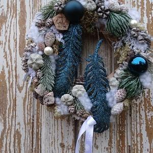 Glamour - ajtódísz, kopogtató., Otthon & Lakás, Karácsony & Mikulás, Karácsonyi kopogtató, Virágkötés, Exkluzív kopogtatót készítettem, igazi színfolt az ajtón.\nKészült hozzáillő asztaldísz is.\nItt talál..., Meska