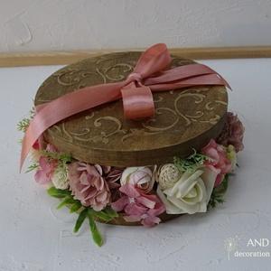Virágbox rusztikus stílusban., Esküvő, Esküvői dekoráció, Nászajándék, Otthon & lakás, Lakberendezés, Asztaldísz, Festett tárgyak, Virágkötés, A képen látható színekben készült ez a nem megszokott virágbox.\nRusztikus stílusú a 3 d mintának és ..., Meska