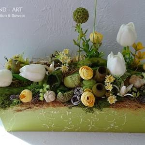 Romantikus tavaszi asztaldísz. And-art mód., Otthon & lakás, Dekoráció, Lakberendezés, Asztaldísz, Famegmunkálás, Virágkötés, Nagyon szép szinte élő tavaszi asztaldísz született. Az idei trend színekkel készült.\nA láda 3 d min..., Meska