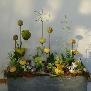 """Modern tavaszi dekoráció, asztaldísz... And-art mód., Otthon & Lakás, Dekoráció, Asztaldísz, Famegmunkálás, Virágkötés, \""""Betonba\"""" zárt modern tavaszi asztaldísz. Idei trendi színekkel.\nEgyedileg neked....\nMérete: 33 cm x..., Meska"""