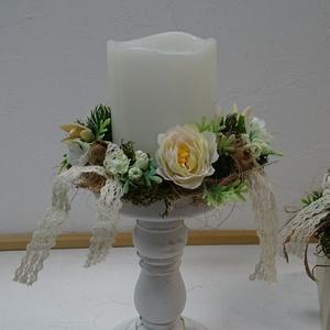 Tavaszi gyertyagyűrű, Otthon & Lakás, Dekoráció, Gyertya & Gyertyatartó, Virágkötés, Kézben kötött, visszafogott gyertyagyűrűt készítettem tavaszi-nyári virágokkal, termésekkel.\n8 cm át..., Meska