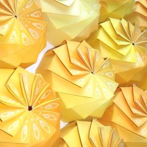 Világos sárga ajándékdoboz (andidea) - Meska.hu