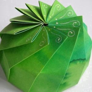 Különleges, sötétzöld papírdoboz (andidea) - Meska.hu