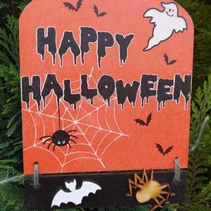 halloweeni ajtódísz- kisszellem, Otthon & Lakás, Dekoráció, Ajtódísz & Kopogtató, Decoupage, transzfer és szalvétatechnika, Halloweeni ajtódísz, barátságos szellemmel, denevérrel,  pókicával, ami csak kell! Decoupage technik..., Meska