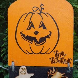 halloweeni ajtódísz- vidám tök, Otthon & Lakás, Dekoráció, Ajtódísz & Kopogtató, Decoupage, transzfer és szalvétatechnika, Halloweeni ajtódísz vidám töklámpással! Decoupage technikával készült, méretei:\n15,5cm széles, 17 és..., Meska