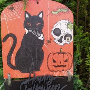 halloweeni ajtódísz- a fekete macska, Otthon & Lakás, Dekoráció, Ajtódísz & Kopogtató, Decoupage, transzfer és szalvétatechnika, Halloweeni ajtódísz , van itt minden, kezdődhet a buli! Decoupage technikával készült, méretei:\n15,5..., Meska