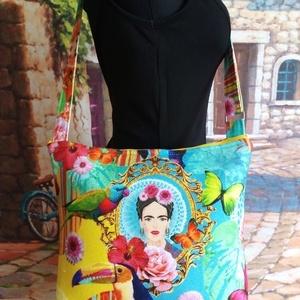 Frida táska, Táska, Divat & Szépség, Táska, Válltáska, oldaltáska, Varrás, A táska anyaga egy nagyon finom bársonyos tapintású dekorvászon.Különleges mintázatú.Bélésnek halván..., Meska