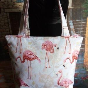Flamingós táska, Táska, Divat & Szépség, Táska, Válltáska, oldaltáska, Varrás, A táska alapanyaga vízlepergetős anyag.A vízlepergetős nem egyenlő a vízhatlan anyaggal. Nagyon szép..., Meska