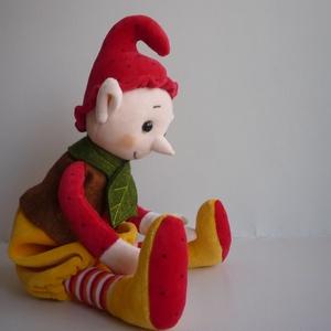 Manó baba , Játék & Gyerek, Plüssállat & Játékfigura, A babát saját tervek alapján varrtam. Sok gépi és kézi varrással. Plüssökből, gyapjúfilcből készült...., Meska