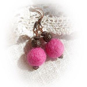 Pink porontyok : ) - nemez fülbevaló, Ékszer, Fülbevaló, Lógó fülbevaló, Nemezelés, Meska