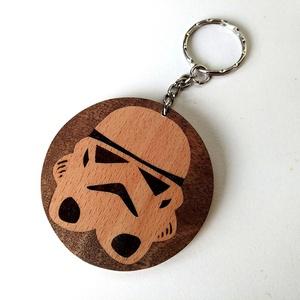 Star wars rohamosztagos fa kulcstartó (Intarzia), Egyéb, Kulcstartó, táskadísz, Táska, Divat & Szépség, Famegmunkálás, 100%-ban kézzel készült egyedi intarziás kulcstartó. Ilyen még egy nem jön szembe az utcán. Nem a ro..., Meska