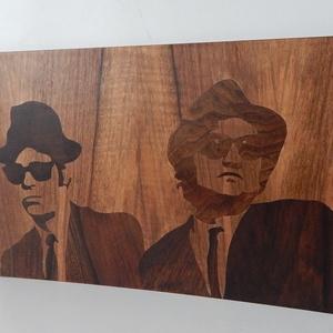 Blues Brothers fanart fa intarzia, Dekoráció, Otthon & lakás, Kép, Képzőművészet, Lakberendezés, Famegmunkálás, Két ikon a zenei történelemben, fából megörökítve.\nNem Ők a kedvenc, semmi gond! Oszd meg velem mely..., Meska