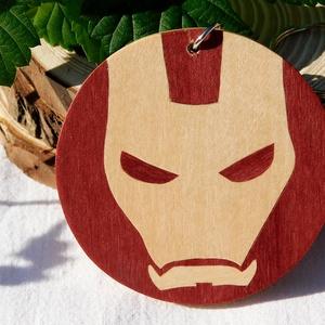 Iron man Vasember fa kulcstartó (intarzia), Gyerek & játék, Játék, Táska, Divat & Szépség, Kulcstartó, táskadísz, Famegmunkálás, 100%-ban kézzel készült fa kulcstartó. \n\nMás szuperhős a kedvenc? Nincs gond elkészítem a személyes ..., Meska