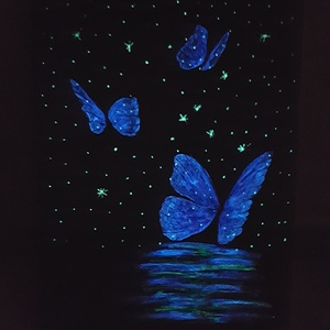 Világító pillangók, Dekoráció, Otthon & lakás, Képzőművészet, Festmény, Akril, Festészet, A kép egy 30 x 40 cm méretű festővászonra készült, akrill festékkel. A nappali, valamint lámpafényné..., Meska
