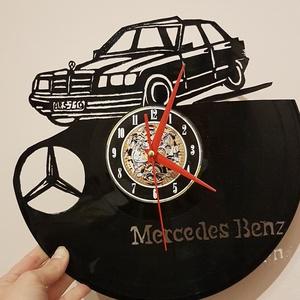 Bakelit óra, Mercedes, Férfiaknak, Legénylakás, Otthon & lakás, Dekoráció, Gravírozás, pirográfia, A képen látható termék egyéni megrendelésre készült, bakelit óra, amely egy Mercedes modellt ábrázol..., Meska