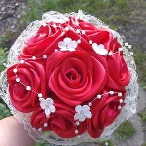"""""""Az örök vörös"""" csokor, Otthon & Lakás, Csokor & Virágdísz, Dekoráció, Pompás vörös csokor szinte bármilyen alkalomra! Legyen az esküvő vagy ballagás, névnap, születésnap...., Meska"""