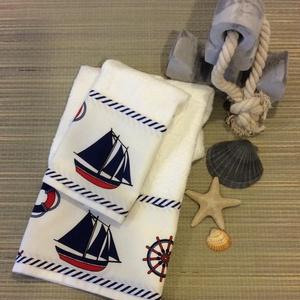 Flotír törölköző szett tengerész designban , Otthon & Lakás, Fürdőszoba, Törölköző, Fehér flotir  törölköző szett tengerész stílusban  Kettő darabból áll . Tenger hangulatát varázsolja..., Meska