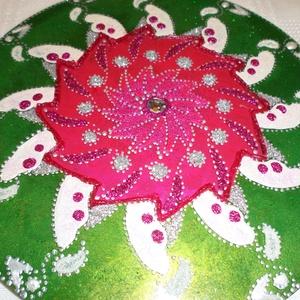 Szeretet mandala...., Képzőművészet, Otthon & lakás, Dekoráció, Vegyes technika, Esküvő, Üvegművészet, Festészet, Kedsves Vásárló!\nNevem Horváth Marianna,üvegfestészettel foglalkozom,ami a hobbim,szivemet-lelkemet ..., Meska