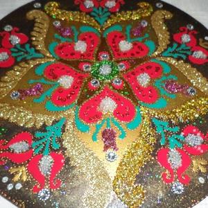 Szives mandala bevonza a szerelmet...., Otthon & Lakás, Mandala, Dekoráció, Kedves Vásárló! Nevem Horváth Marianna,szeretettel várlak saját készitésü üvegre festett mandaláimma..., Meska