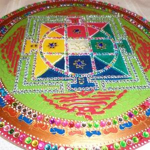 tibeti mandala, Dekoráció, Otthon & lakás, Képzőművészet, Lakberendezés, Falikép, Festészet, Üvegművészet, 25 cm-es tibeti mandala,különleges ajándék magadnak..., Meska