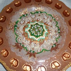 mandala tál, Dekoráció, Otthon & lakás, Lakberendezés, Festészet, Üvegművészet, 25 cm-es barna mandala tál nagyon szép ajándék kedvesednek..., Meska