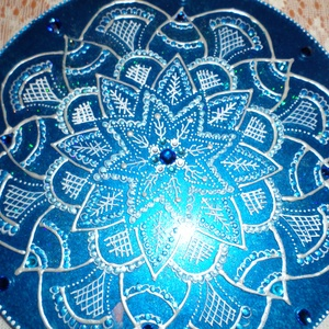 Mandala, Mandala, Dekoráció, Otthon & Lakás, Festészet, Üvegművészet, Ajándékozza meg szeretteit e csodaszép mandalával,ai 25 cm-es üveglapra festett,és falra lehet akasz..., Meska