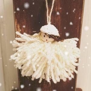 Karácsonyfadísz , Otthon & Lakás, Dekoráció, Horgolás, kb 10 cm-es horgolt babák, fa fejjel. Lehet karácsonyfa dísz, ajándék kísérő, de ötletes, személyre ..., Meska