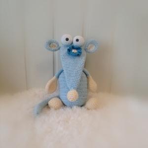 Patkány , Játék & Gyerek, Plüssállat & Játékfigura, Egér, Ő egy 25 cm magas, bájos, vicces patkány. 18 alkatrészből áll. Kedves, mókás ajándék lehet. ..., Meska