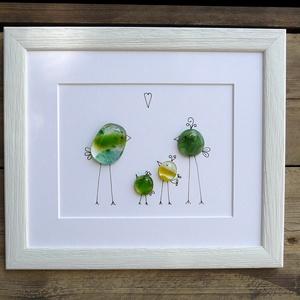 """Üvegbe zárt szeretet - Család 2, Otthon & lakás, Karácsony, Karácsonyi dekoráció, Lakberendezés, Képkeret, tükör, Üvegművészet, A család \""""üvegbe olvasztva\"""". Az ötletet a kisfiam adta. Játszott az olvasztott üveglencséimmel rajzo..., Meska"""