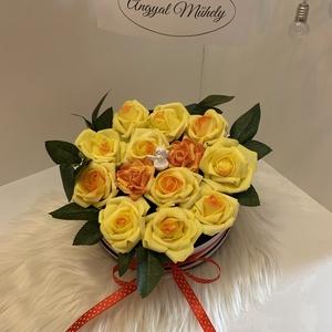 VirágBox, Csokor & Virágdísz, Dekoráció, Otthon & Lakás, Virágkötés, Minden Boxot egyedileg tervezek, két egyforma még nem készült :) Legfőbb inspirációimat a szerelem, ..., Meska