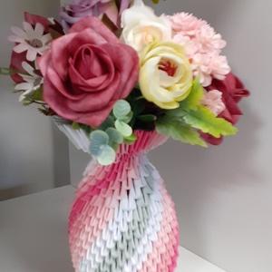 Váza 3D, Művészet, Más művészeti ág, Mindenmás, Váza 3D origami technikával készítve selyemvirággal, különböző színekben, 24 cm-s, Meska