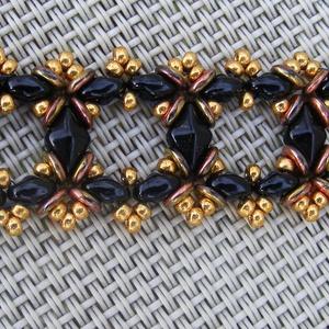 Fekete Gyémánt :) - arany és fekete gyöngy karkötő (Anick) - Meska.hu