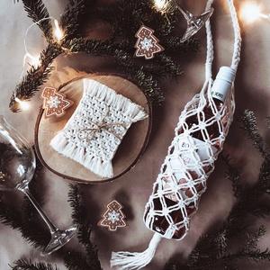 Makramé bortartó, Férfiaknak, Konyhafőnök kellékei, Sör, bor, pálinka, Karácsony, Csomózás, Makramé bortartó\n\nAjándékozd meg szeretteidet, vagy saját magad ezzel a szuper makramé csomózással k..., Meska
