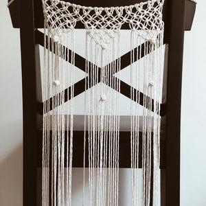 Makramé esküvői szék dekoráció, Esküvő, Esküvői dekoráció, Otthon & lakás, Dekoráció, NoWaste, Csomózás, Makramé szék dekoráció\n\nA feltüntetett ár 2 db székdekorra vonatkozik.\n- 2 db 10.000 Ft\n- 4 db 19.00..., Meska