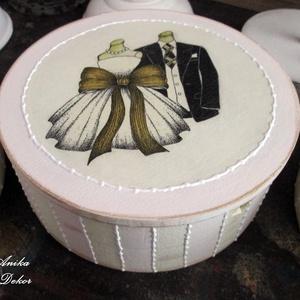 Tükrös, kerek ékszertartó doboz - esküvő - emlék & ajándék - doboz - Meska.hu