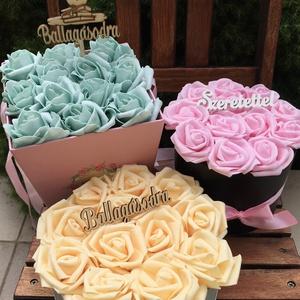 Rózsadoboz többféle színben, Otthon & lakás, Dekoráció, Ünnepi dekoráció, Ballagás, Csokor, Szerelmeseknek, Virágkötés, Rózsadobozok születésnapra, névnapra, évfordulóra, fiatalos színvilágban, habrózsákból.\n1-1 db készü..., Meska