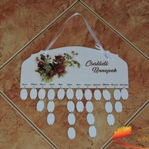 Vörös rózsás családi öröknaptár, Otthon & lakás, Naptár, képeslap, album, Naptár, Decoupage, transzfer és szalvétatechnika, Naptár tábla: hogy egyetlen fontos ünnep se merüljön feledésbe\n\nA naptár tábla egy öröknaptár, amely..., Meska
