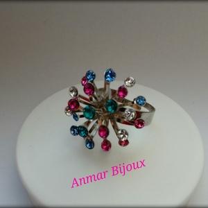 Színes szökőkút gyűrű, Többköves gyűrű, Gyűrű, Ékszer, Ékszerkészítés, A gyűrű állítható platina színű gyűrű alapból és Swarovski kövekből készült., Meska