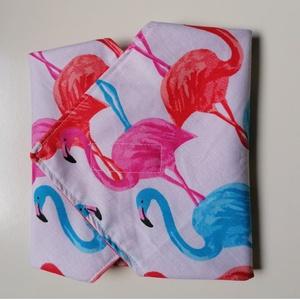 Flamingós újraszalvéta (30 x 30 cm), Táska & Tok, Uzsonna- & Ebéd tartó, Szendvics csomagoló, Dobd fel a hétköznapokat ezzel a nyári, flamingó mintás mosható, környezetbarát szalvétával, melynek..., Meska