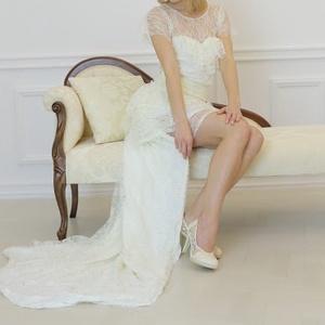 esküvői csipkeruha, Táska, Divat & Szépség, Esküvői ruha, Ruha, divat, Varrás, A képen látható csipkeruha mérete 34-es, egyénre szabottan el tudom készíteni a ruhát., Meska