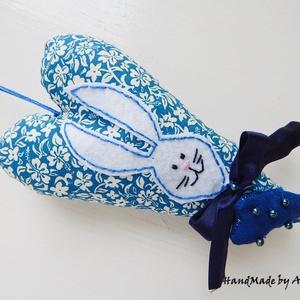 Nyuszis szív dekoráció - kék (annetextil) - Meska.hu