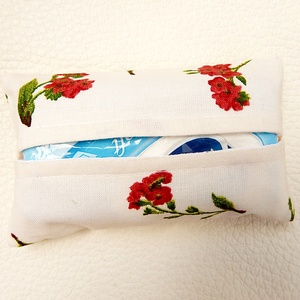 Papírzsebkendő tartó - Piros virágos (annetextil) - Meska.hu