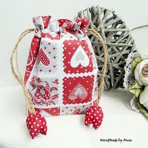 Piros szívek - tulipános zsák (annetextil) - Meska.hu
