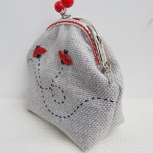 Katicás, candy beads kapcsos pénztárca, táska (annetextil) - Meska.hu