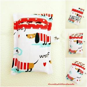 Álló papírzsebkendő tartó - tacskók piros ruhában, Táska & Tok, Pénztárca & Más tok, Zsebkendőtartó, Varrás, Patchwork, foltvarrás, KÉSZLETEN! - álló zsepi tartó utolsó darab\n\nTörekszem arra, hogy a szabásból maradt még használható ..., Meska