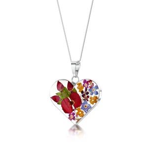 Ezüst szív alakú medál, nyaklánc gyönggyel és valódi virágokkal, rozsa, nefelejcs, pipacs a természet szerelmeseinek - Meska.hu