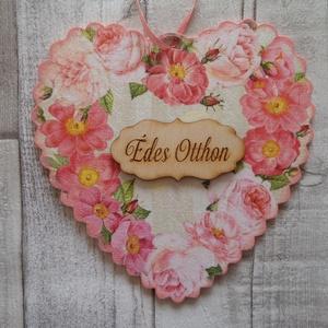 Rózsás,virágos ajtódísz,üdvözlőtábla,kopogtató szív alakú fodros szélű, Isten hozott tábla, Ház & Kert, Otthon & Lakás, Decoupage, transzfer és szalvétatechnika, Rózsa,virág mintás fodros szélű szív alakú ajtódísz,ablakdísz,függődísz,üdvözlőtábla,kopogtató.Méret..., Meska
