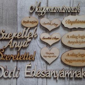 Szív  alakú ajtódísz,ablakdísz,függődísz  romantikus rózsa  mintával (Annikreativ) - Meska.hu